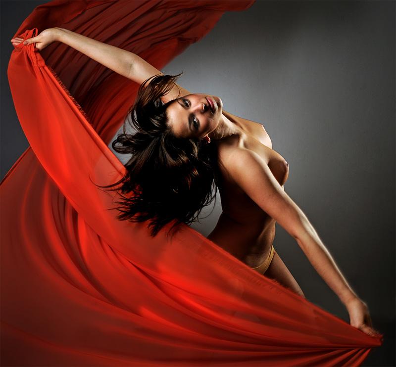 фото ню танцы